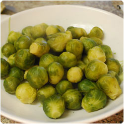 Brussel sprouts with mustard sauce - international cooking blog
