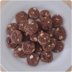 Hazelnut and Chocolate Biscuits - international cooking blog