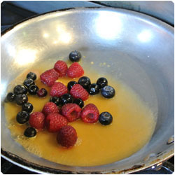 berry reduction - International Cooking Blog