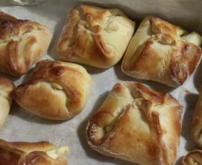 Turos Delkli - Hungarian Cheese pastry - International Cooking Blog