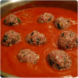 Meatballs in Tomato Sauce - International Cooking blog