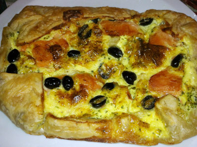Quiche with Salmon, Artichokes and Black Olives - International Cooking Blog