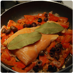 Salmon Filet with fresh tomatoes - The International Cooking blog